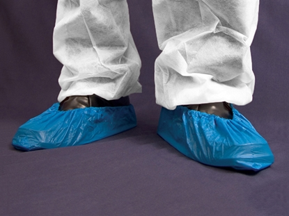 "Picture of BLUE CPE 41CM (16"") DISPOSABLE OVERSHOES- PACK OF 100"
